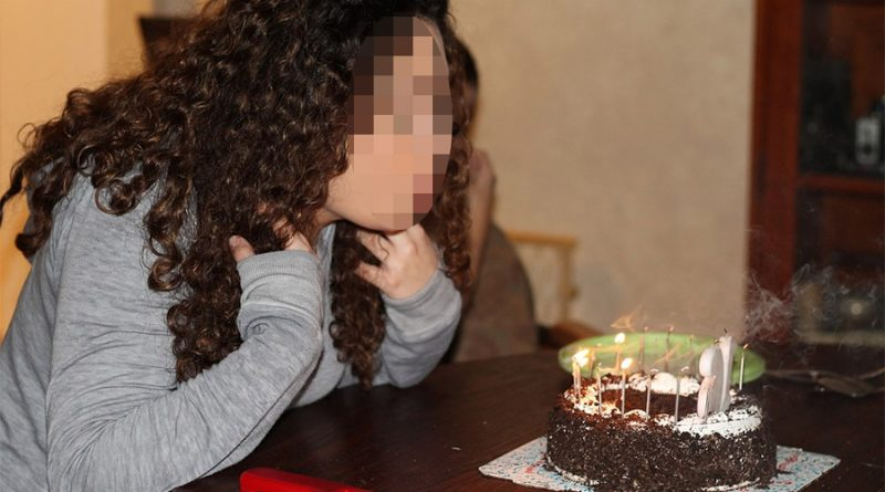 Parents give her daughter a bukake on her 18th birthday thinking it was a beauty treatment